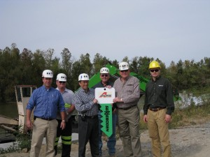 (from left to right) Matt Bueltel - Brandeis Machine Sales Rep, Ron Sharp - Armstrong Coal Equipment Manager, Gary Hirsch – Brandeis General Manager Crane & Material Handling, John Bruce – Armstrong Coal General Superintendent of Surface Mines, Kenny Allen – Armstrong Coal VP of Operations and Andreas Ernst – SENNEBOGEN Regional Sales & Marketing Manager.