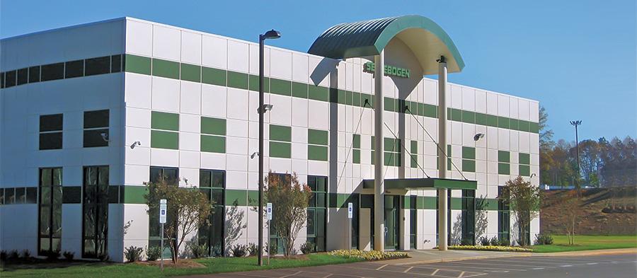SENNEBOGEN_NA_facility_front