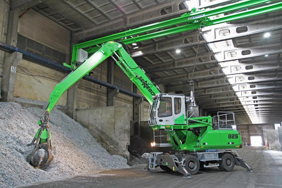 Overhead Power Solution Achieves Indoor Mobility With SENNEBOGEN Electric-Drive Material Handler