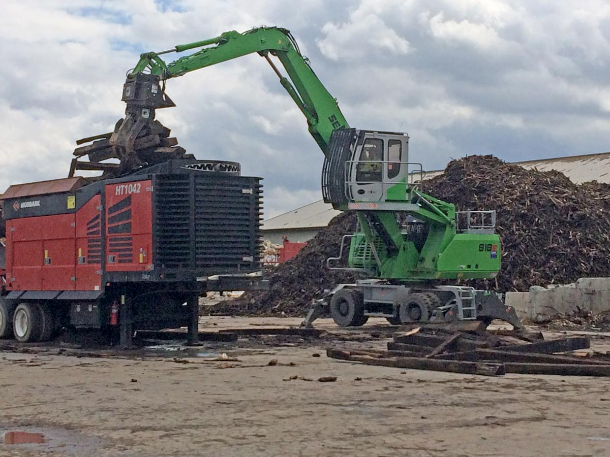 Former Excavator Operator Right At Home With Purpose-Built SENNEBOGEN Material Handler