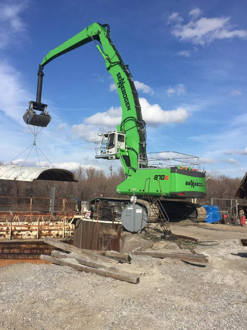 SENNEBOGEN 870 R-HD Material Handler Gives Economic Growth A Lift At Paducah Riverport