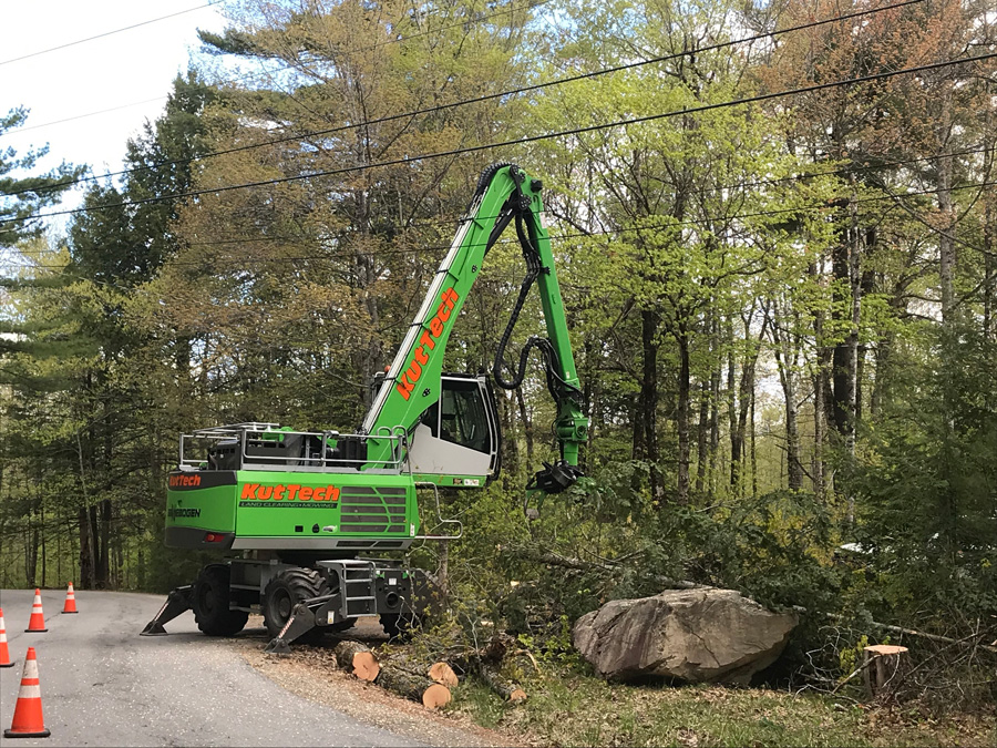 """KutTech Brings """"Old School"""" Knowledge To Next Generation of Tree Care Technology With SENNEBOGEN 718"""