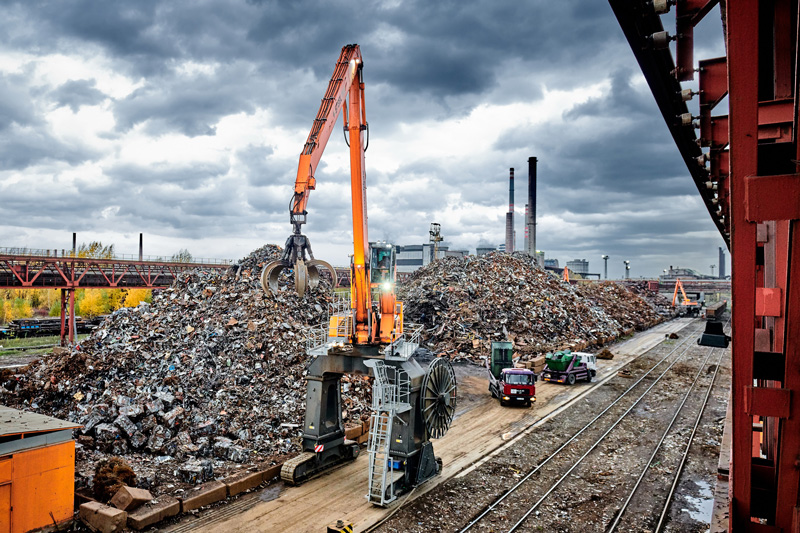 Steelworks Service Provider Relies Completely On SENNEBOGEN Electric Material Handlers
