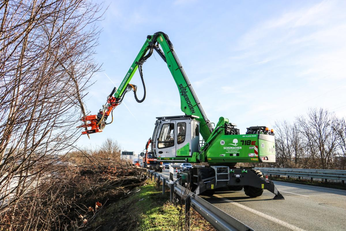 Tree Care Added To Landscaping Operations With Addition Of SENNEBOGEN 718 E