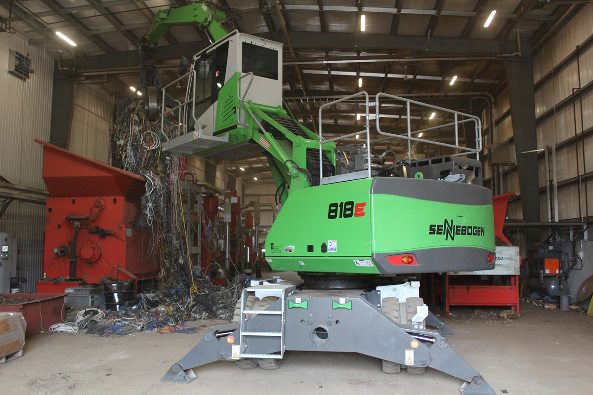 Multi-Tasking SENNEBOGEN 818 Does Double Duty For  New Motor-Breaking Facility At John Zubick LIMITED