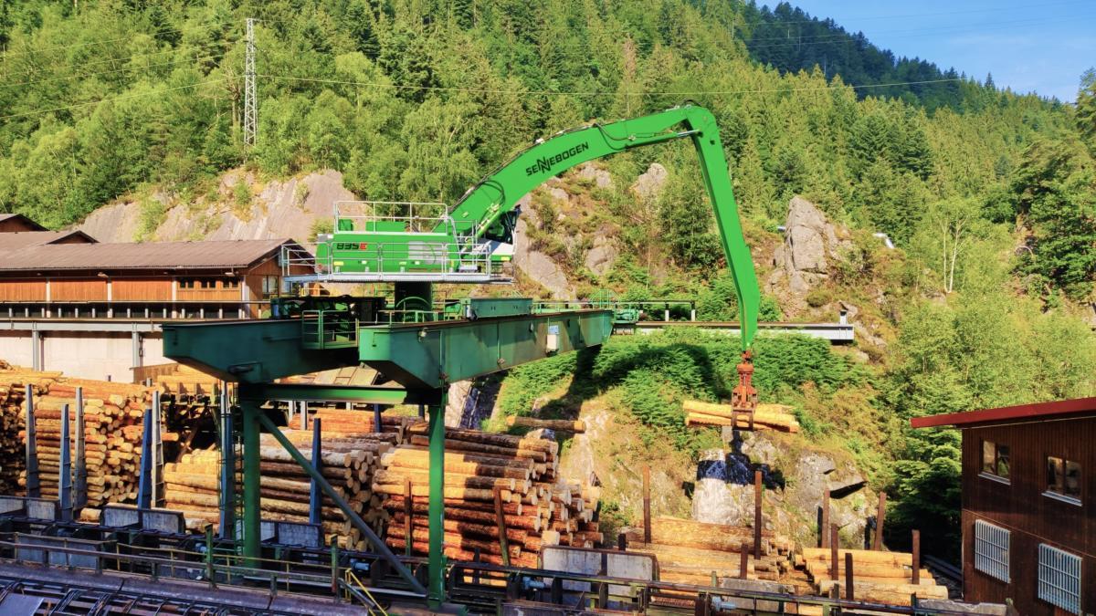 At Long Last – Finkbeiner Says Goodbye to Its C-Series SENNEBOGEN 835 Log Handler
