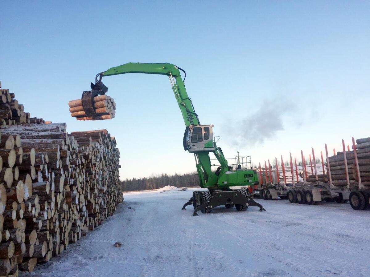 "SENNEBOGEN Log-Handler Helps Edgewood Mill Keep ""Up"" with New Sawline"
