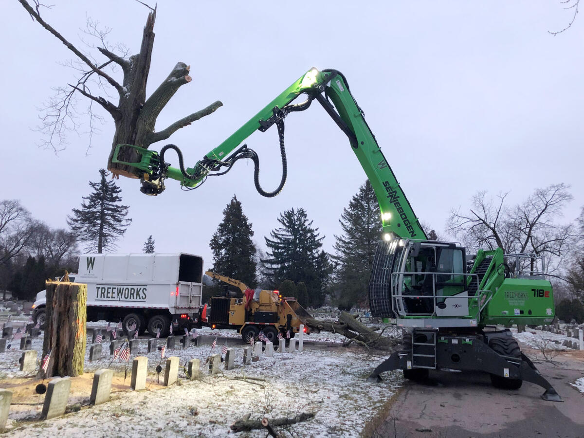 "SENNEBOGEN 718 ""Force Multiplier"" Crushes Workload for Michigan Tree Service"