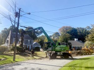 The operator has flexibility to work around the power line without any concern.