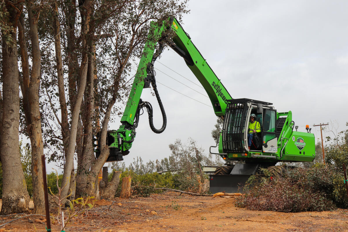 """Mowbray's Commits To """"Future Of Tree Removal"""" With New Fleet Of SENNEBOGEN Tree Care Handlers"""